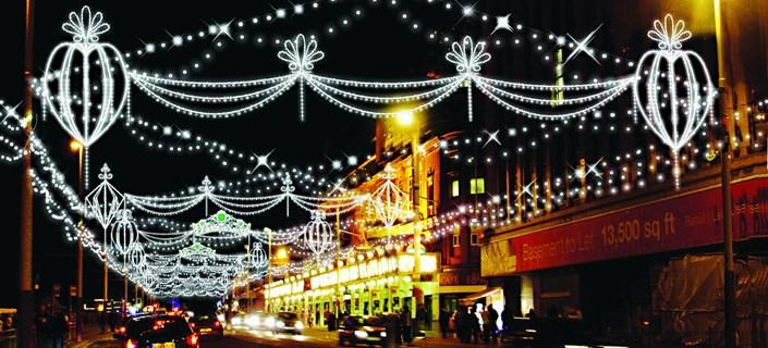 Blackpool Illuminations Coach Tours & Trips 2018 | Door2Tour.com