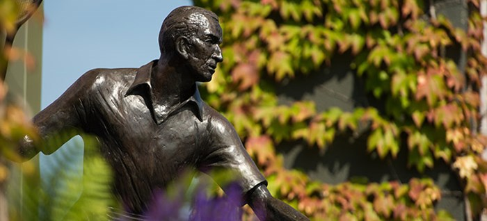 Fred Perry Statue, Wimbledon